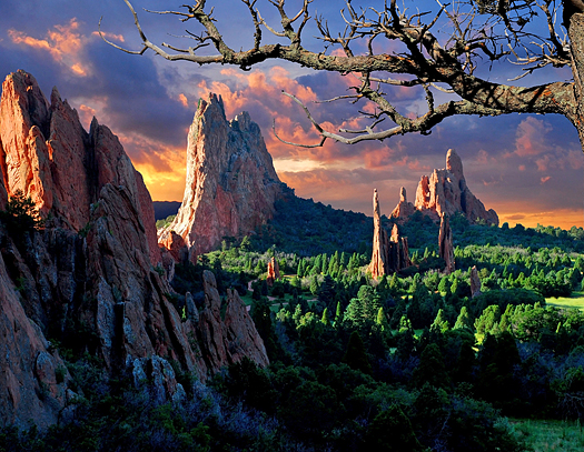 Morning Light at the Garden of the Gods Park in Colorado Springs, Colorado.