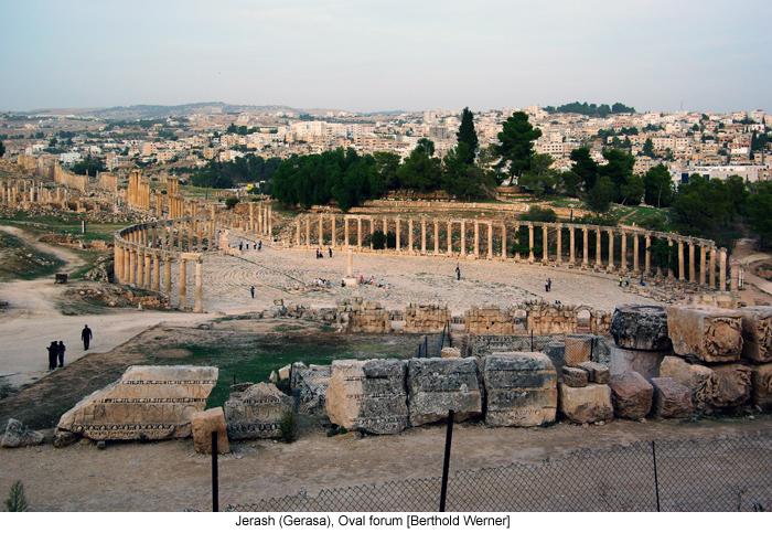 Jerash (Gerasa), Oval forum [Berthold Werner]
