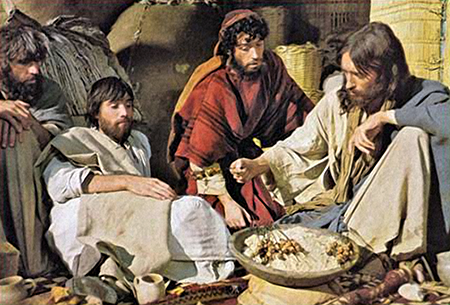 Jesus eating with disciples